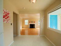 7124 N Campbell-22