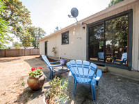 7811 SE Crystal Springs-15